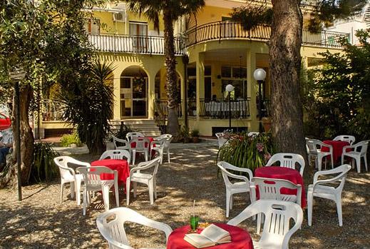Azienda Di Soggiorno Pietra Ligure ~ Idee per il design ...
